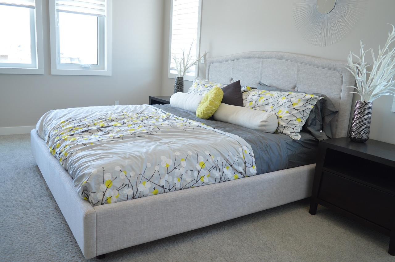 Jak urządzić sypialnię w stylu skandynawskim?