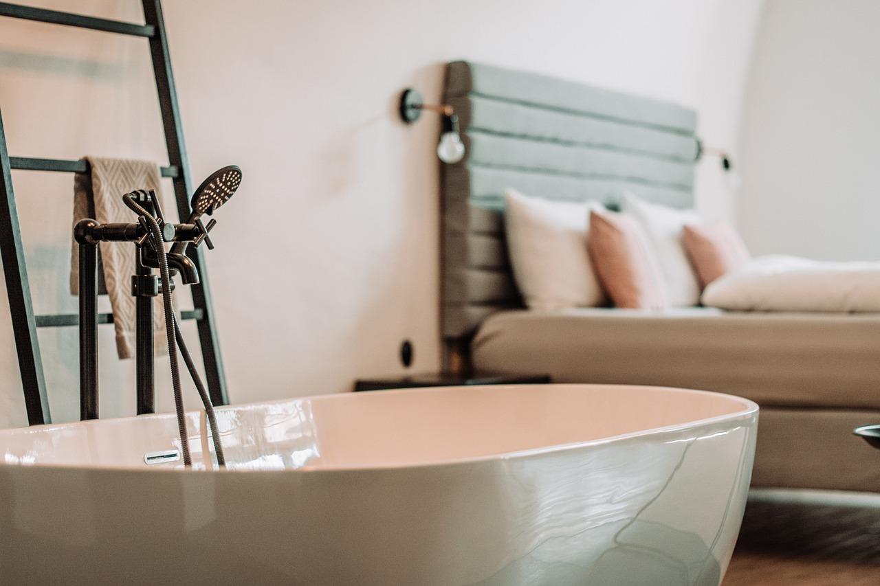 Jak urządzić sypialnię w stylu prowansalskim?